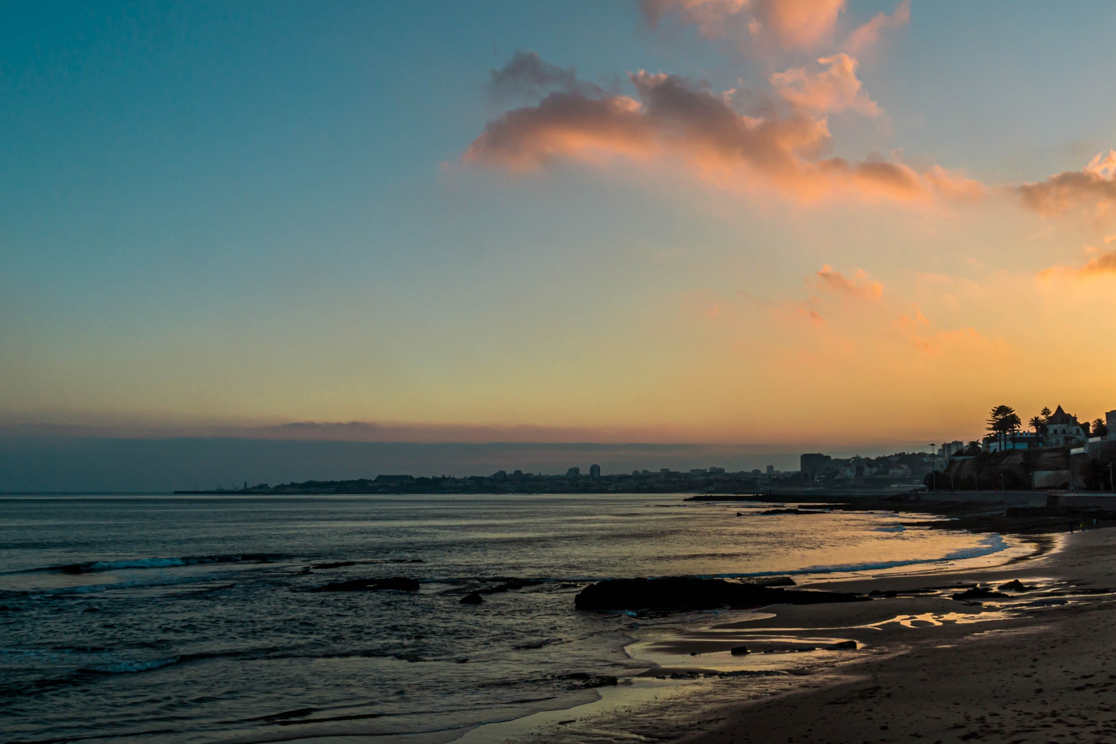 Flowing inspiration - Sunset in Cascais