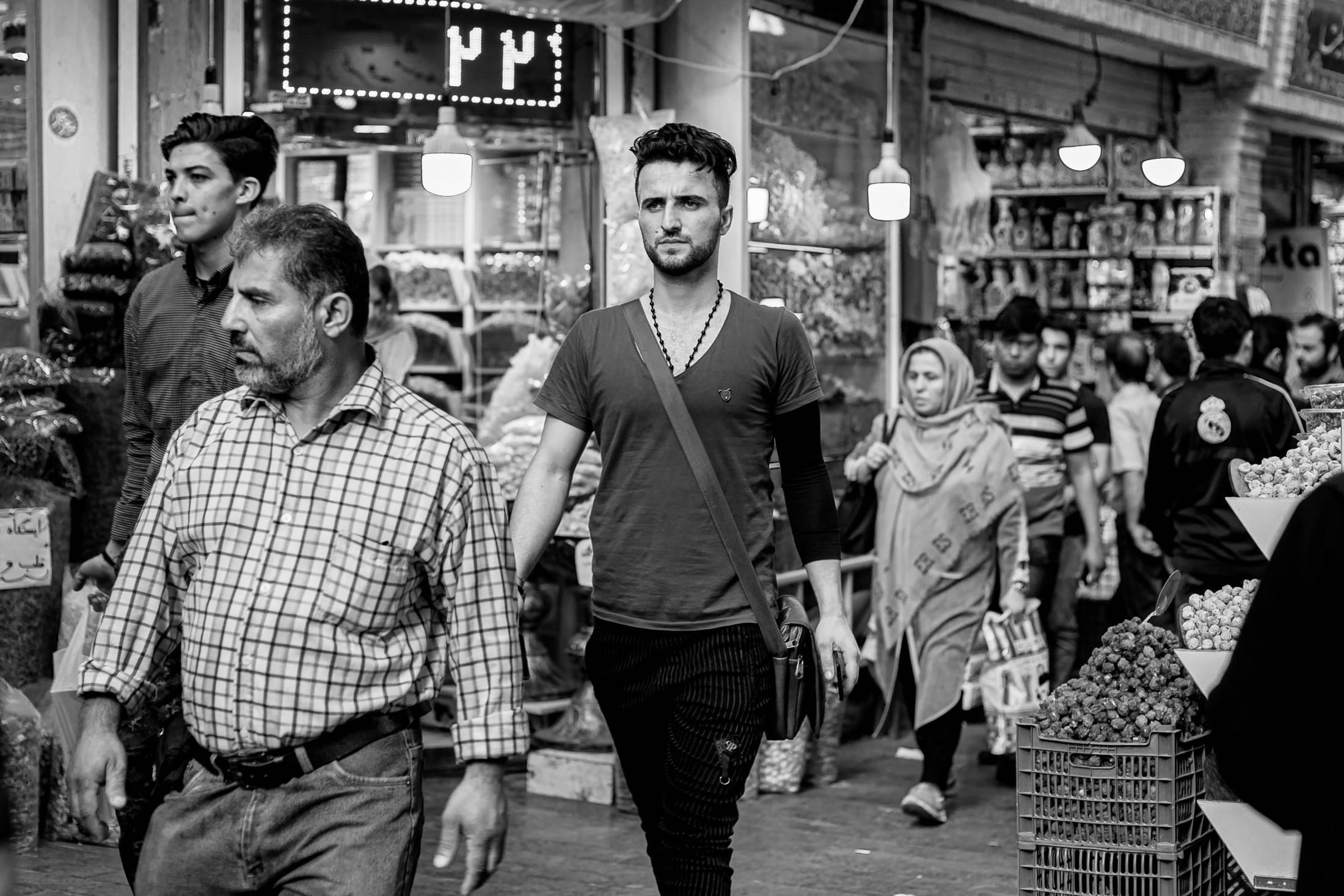 Life angles - Young man in Tajrish bazar